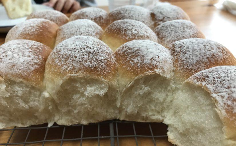 ふんわり白いちぎりパン(スクエア型18cm)〜はじめてのパン作り〜